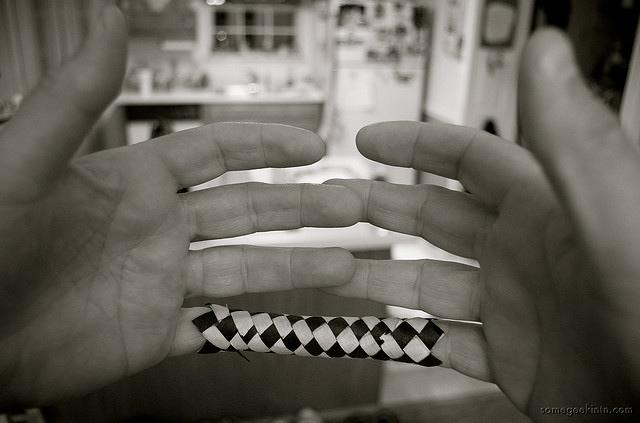 finger-trap